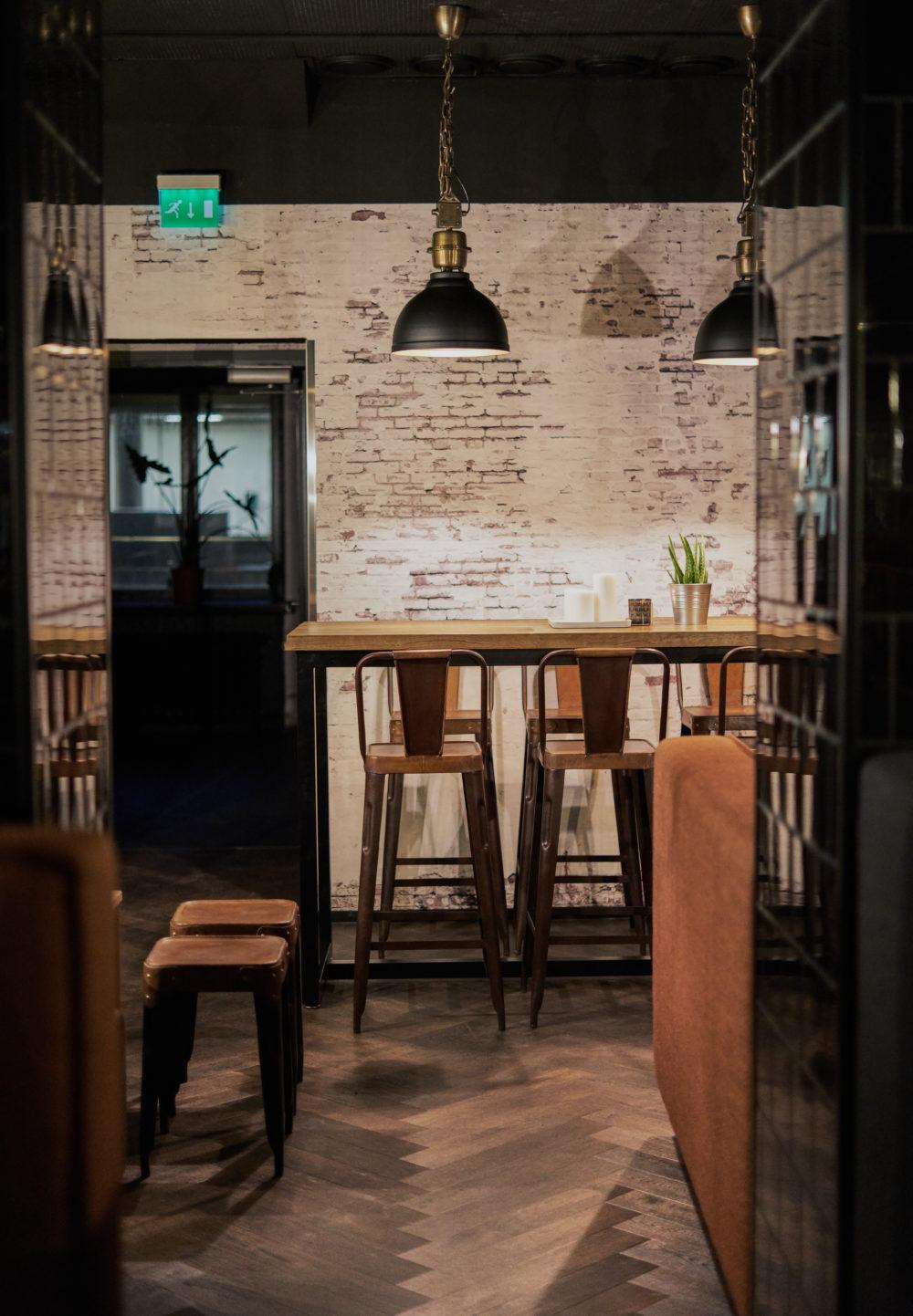 Bar Edison